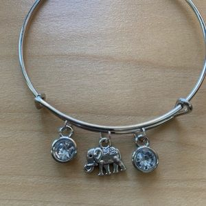 Hand Crafted Jewelry - Handmade white + silver expandable charm bracelet